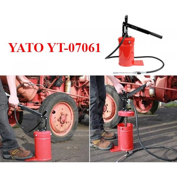 Máy bơm mỡ bằng tay YT-07061