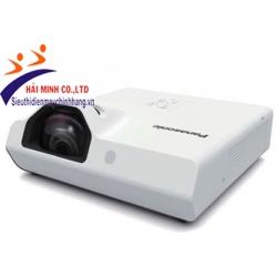 Máy chiếu Panasonic PT-TW351R