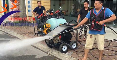 máy rửa xe cao áp Lutian QK3521C
