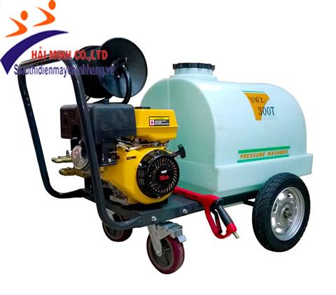 Máy rửa xe chạy xăng Lutian 3WZ-300T