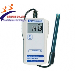 Máy đo độ dẫn cầm tay MILWAUKEE MW301